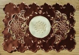 30x45 cm serwetka haftowana BRĄZ-paczka 6 szt (128035-4,5)