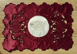 30x45 cm serwetka haftowana BORDO-paczka 6 szt (128035-4,5)