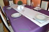 160x350 cm obrus imitujący len ciemny fiolet z ecru lamówką (002-50)